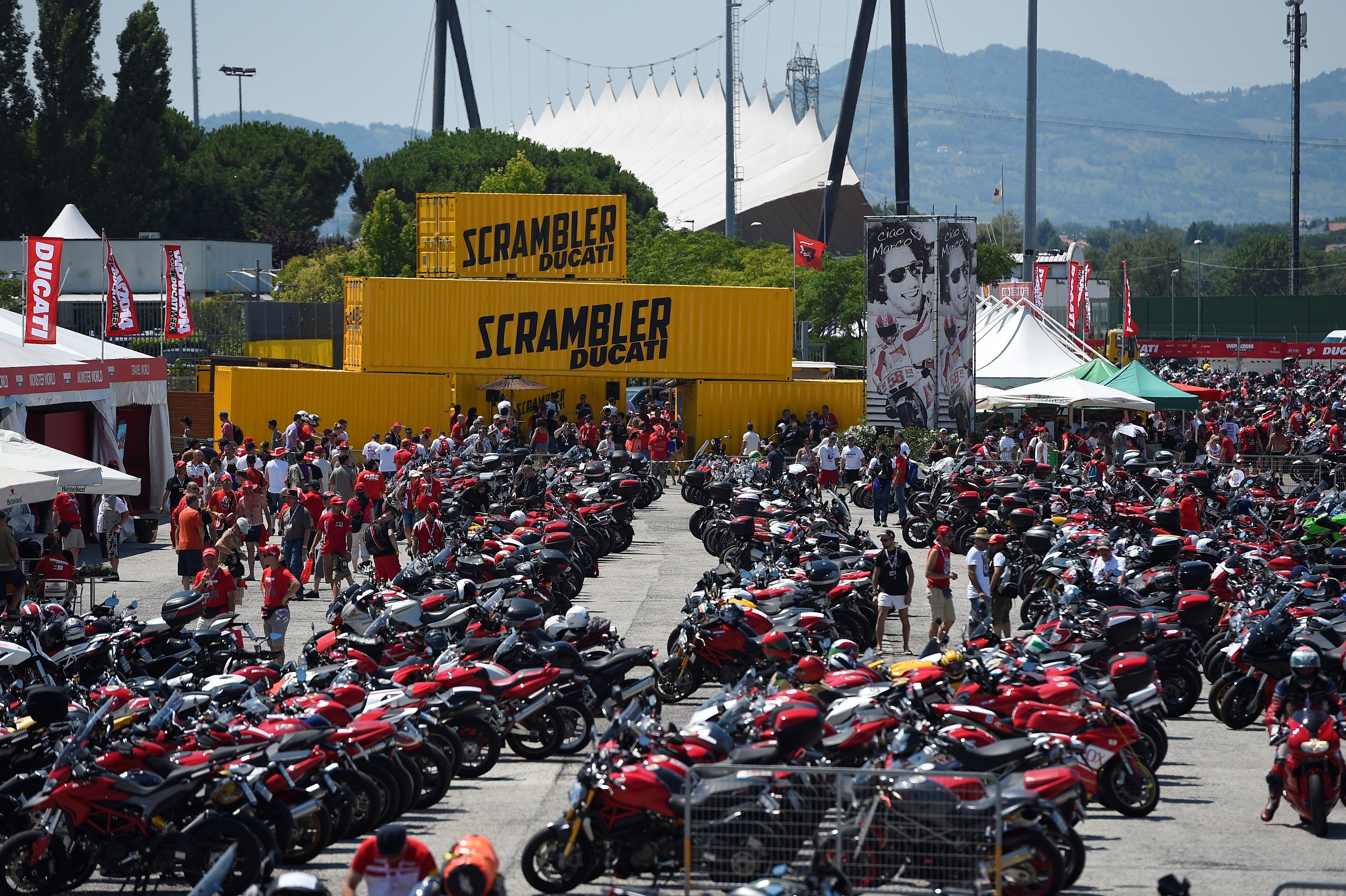 first-scrambler-rally-at-the-world-ducati-week-2016-casey-stoner-attending-too_1
